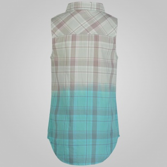 JUNIORS Checked Ombre Sleeveless Shirt