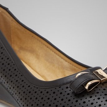 TRESMODE Bow Detail Wedges