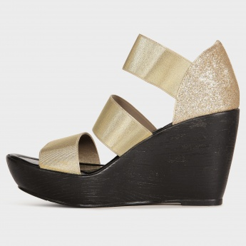 CATWALK Sheen Strap Wedges