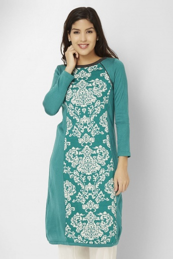 W Knitted Panel Kurti