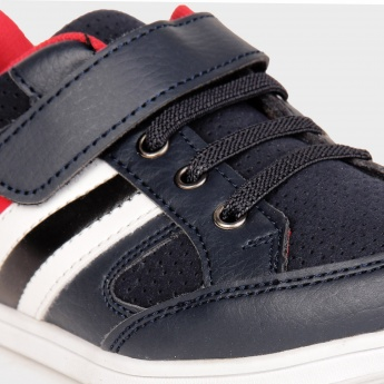 JUNIORS Velcro Closure Shoes