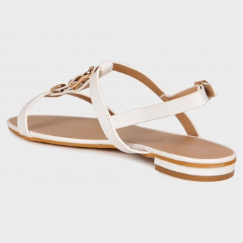 PAPRIKA Strappy Buckle Flat Sandals