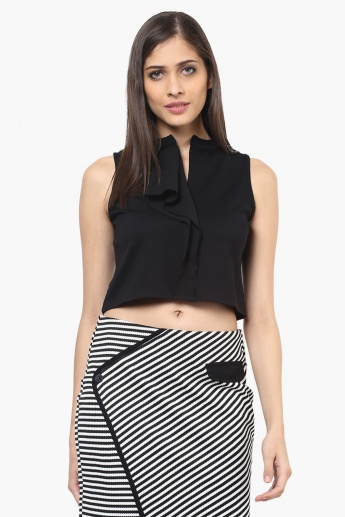 109F Solid Sleeveless Crop Top
