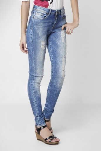 VERO MODA Lightly Washed & Distressed Skinny Fit Jeans