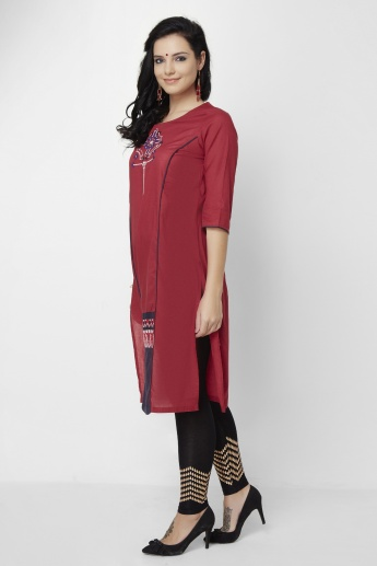 W Embroidered Round Neck 3/4th Sleeves Kurta
