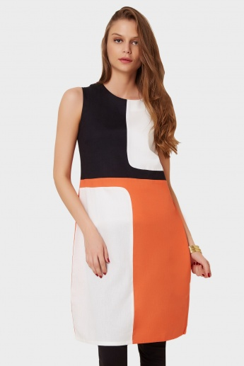 W Color Block Sleeveless Kurti