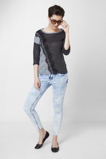 BOSSINI Solid Round Neck Lace Detailed Top