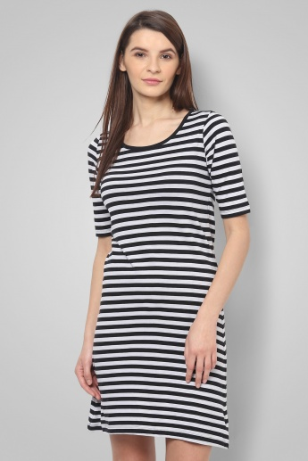 FAME FOREVER Striped Bow Tie-Up Dress