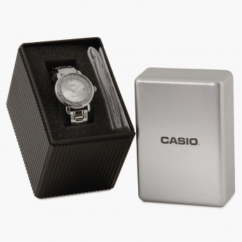 CASIO A1041 Analog with Date Watch