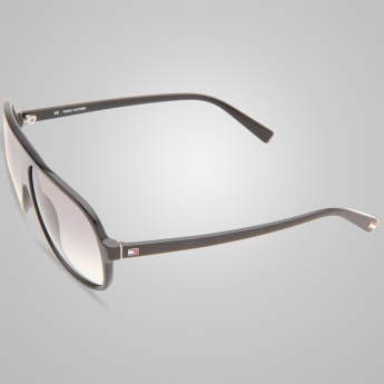 TOMMY HILFIGER On Trend Sunglasses