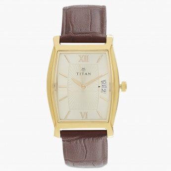TITAN 1530YL04 Men Analog With Date Watch