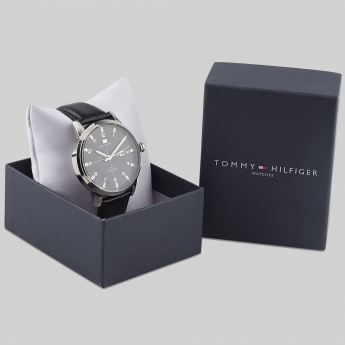 TOMMY HILFIGER TH1710330J Men Analog Watch