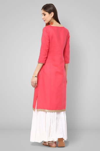 MELANGE Embroidered Notch Round Neck Kurti
